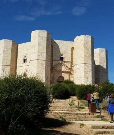 castel del monte esterno